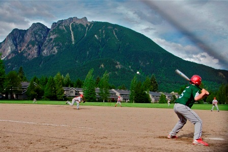 Baseball at Si View Park Photo by Sandy Horvath